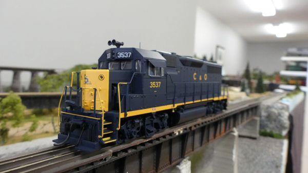 Walthers Proto GP35 Chesapeake & Ohio DCC Ready