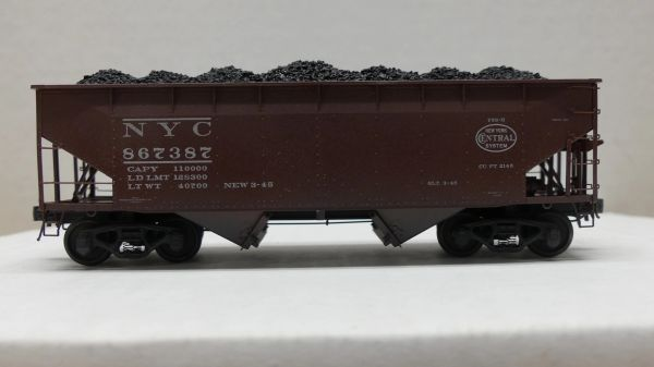 Kadee 50 Ton AAR Standard 2 Bay Offset Open Hopper New York Central# 867387