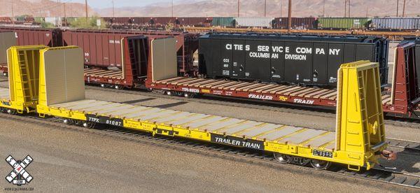 Scaletrains.com Ho Scale BSC F68AH Bulkhead Flatcar, TTPX/Yellow *Pre-order*