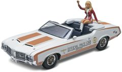 Revell 1/25 '72 Oldsmobile® Indianapolis 500® Pace Car