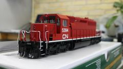 Bowser (2nd Release) Ho Scale CN (Ex-Ontario Hydro) SD40-2 DCC & Sound W/Ditchlights