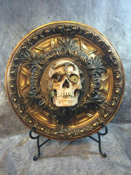 Sold Skull Centerpiece