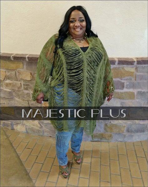 b6bf539c28 Plus Size Chenille Frayed V-Neck Crochet Poncho