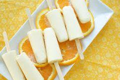 55 Orange Vanilla Medium Gel
