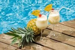 11 Pina Colada Large Refresher Spray
