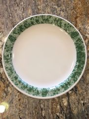 9.75-Inch Marbled Green Dinner Plate
