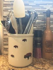 Large Roaming Buffalo Utensil Crock