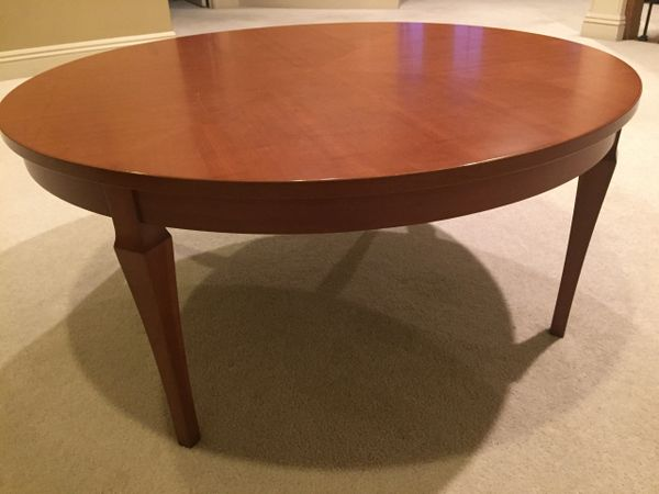 round cherry coffee table klm luxury consignment. Black Bedroom Furniture Sets. Home Design Ideas