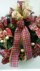 Christmas Wreath Plaid Floral
