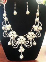 Wedding Necklace Set with Diamonique and Pearls