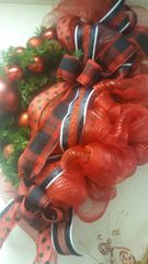Holiday Wreath Red Plaid