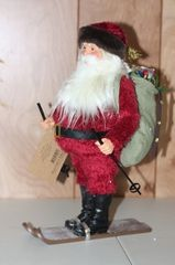 Clothtique Possible Dreams Santa Collectible Figurine 65460