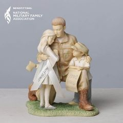Foundations Soldier Coming Home To Family Collectible Figurine 4033864
