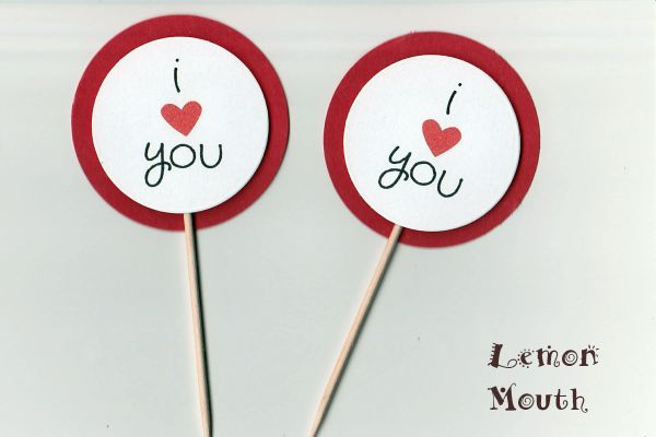 I LOVE YOU CUPCAKE TOPPERS / PICKS