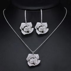 Luxury Rose Necklace Set