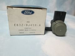 E63Z-9 J459-A FORD EGR VACCUM REGULATOR NEW