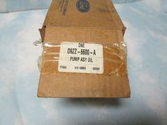 D9ZZ-6600-A PUMP ASY OIL NEW