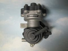137200-0012 DENSO BRAKE VACUUM PUMP NOS