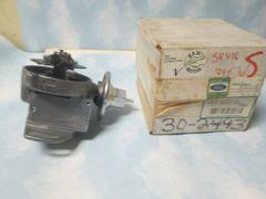 30-2493 /E2FZ-12127-EX FORD DISTRIBUTOR NOS REMAN 99 FORD PICKUP F250 SUPER DUTY 4WD