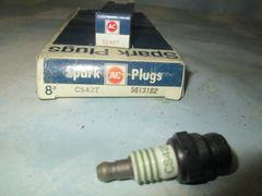 CS42T AC SPARK PLUGS W 4 EQUAL GREEN STRIPE SET OF 8