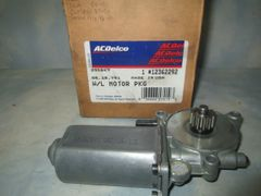 12362292 AC DELCO BUICK OLDSMOBILE CUTLASS PONTIAC LEFT REAR WINDOW LIFT MOTOR GENUINE NEW