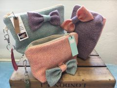 British Wool Tweed clutch bag lined with Linen & including detachable bow brooch