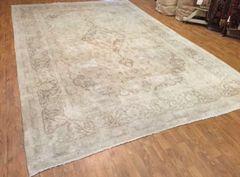 100% pure wool light colored Persian Tabriz size 9'x12'