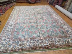 #1022 HANDWOVEN 100% PURE WOOL AGRA RUG, SIZE 9'X12'