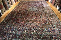 Antique handwoven Persian Saruke rug size 11'x21' circa 1930s