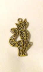 1462. Antique Bronze Cat Pendant