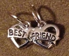 924. Dual Hook Best Friend Pendant