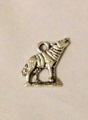 1448. Wolf Pendant