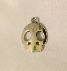 1494. Skull Pendant