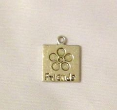 1214. Friends with Flower Pendant