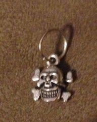 532. Squarish Skull and Crossbones Pendant
