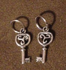 419. Tri Symbol Key Pendant