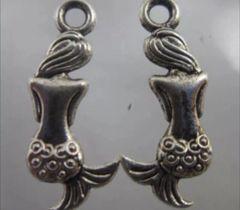 687. 2 sided Back of Mermaid Pendant