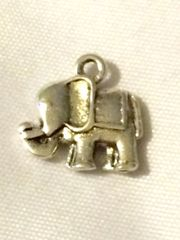 1389. 2 sided Elephant Pendant