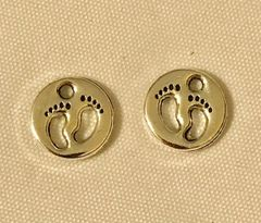 1764. Footprints Feet Pendant