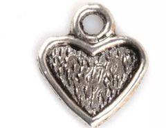 34. Small Setting Heart Pendant