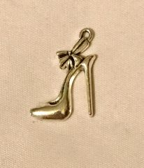 1720. High Heel Shoe Pendant
