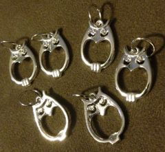 198. Bright Silver Connector Owl Pendant