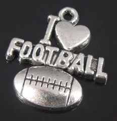 39. I 'heart' football Pendant