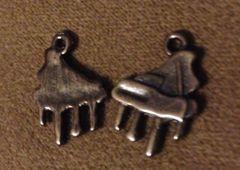 357. Black Piano Pendant