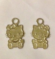 1196. Silver Hello Kitty Pendant