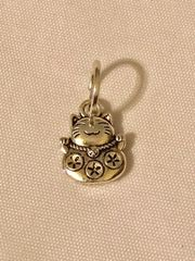 1787. Fortune Cat Pendant