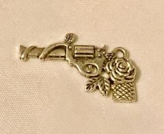 1704. Gun with Rose Pendant