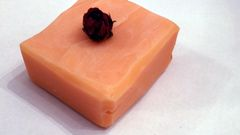 London Rose Soap