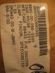 M880 SPEEDOMETER PINION CLAMP 2892399, 6680-00-269-0335 NOS