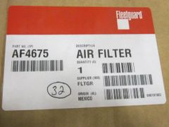 FLEETGUARD AIR FILTER AF4675 NEW IN BOX